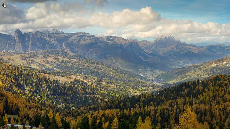 Autumn colors in Dolomites