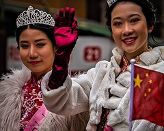 Parade Princesses . . Shot during Sunday's New Years Parade in Chinatown, NYC . . . #chinesegirlsrock #chinesegirls #princesses #yearofthepig #chinatownnyc #lunarnewyear #parade #newyearparade #neyorkcity #Chinatown #chrislordnyc #chrislord #pixielatedpix