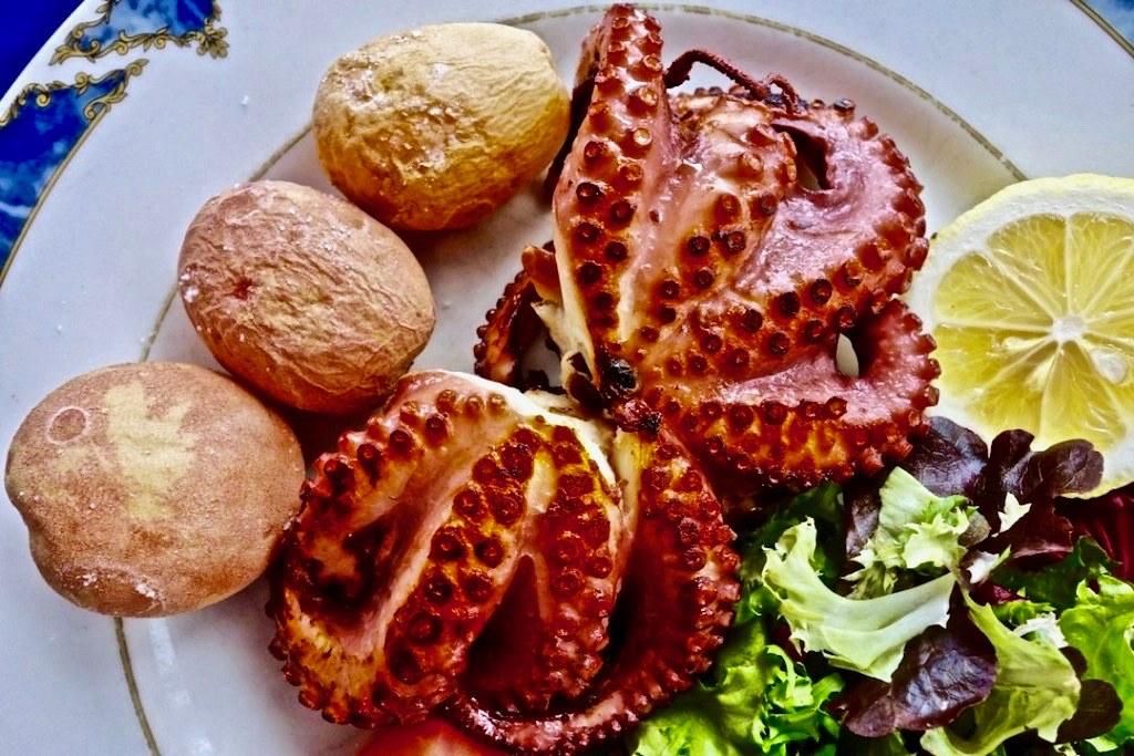 Cosa mangiare alle Canarie - Polpo alla griglia