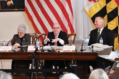 Photo of state Treasurer Nancy Copp, Governor Larry Hogan and Comptroller Peter Franchot receiving note cards for Maryland Arbor Day