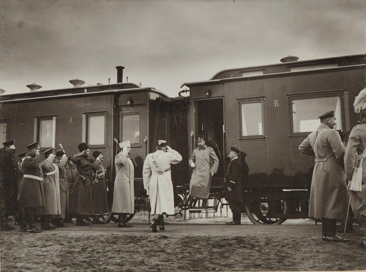 1904. Встреча императора Николая II на станции Сувалки
