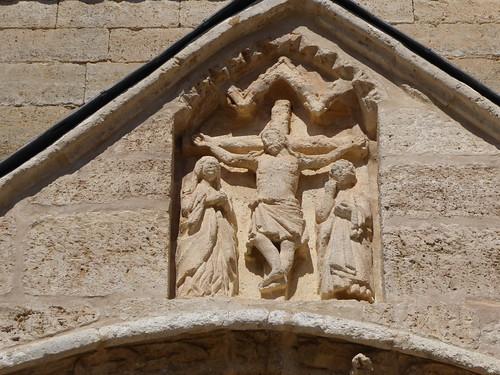 Los Balbases (Burgos-España). Iglesia de San Millán. Portada sur. Calvario