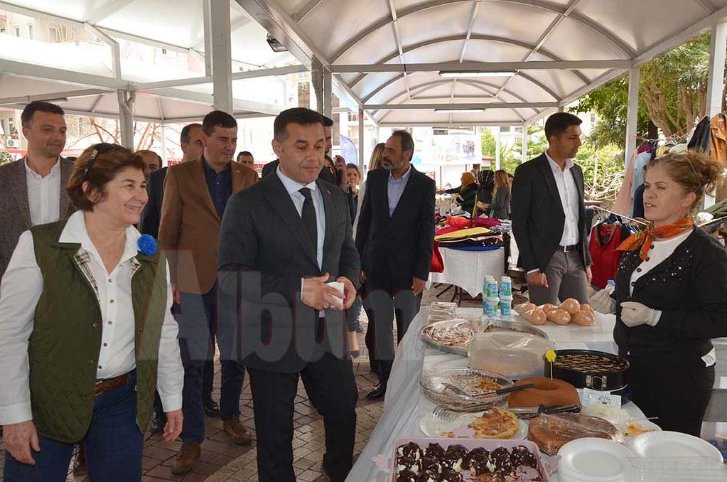 Nilgün Özcan, Adem Murat Yücel