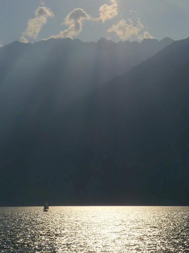Lago Maggiore, lungolago Giuseppe Motta. Ascona (Canton Ticino, Svizzera)