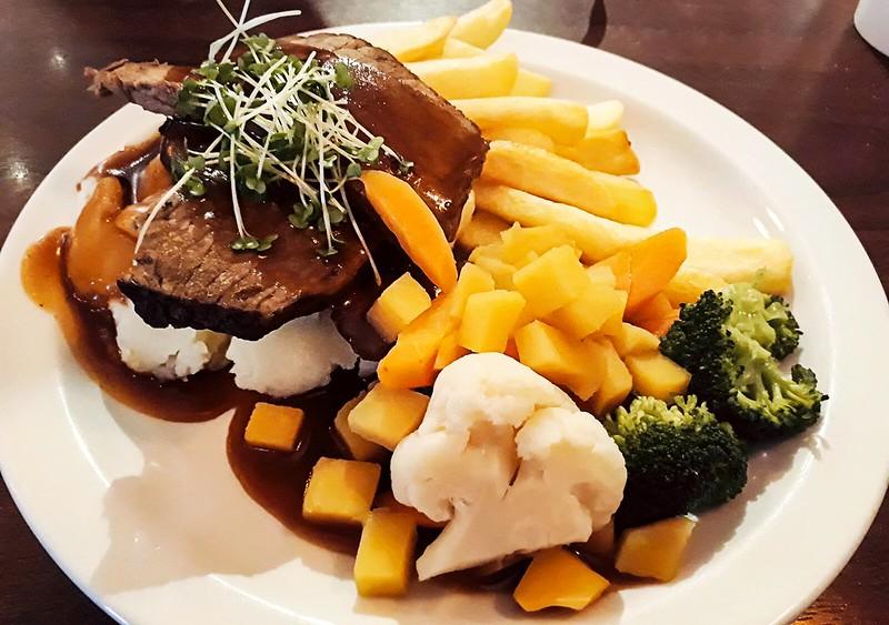 Clarke's Roast Beef Lunch