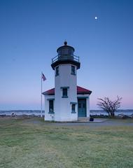 Lighthouse 18