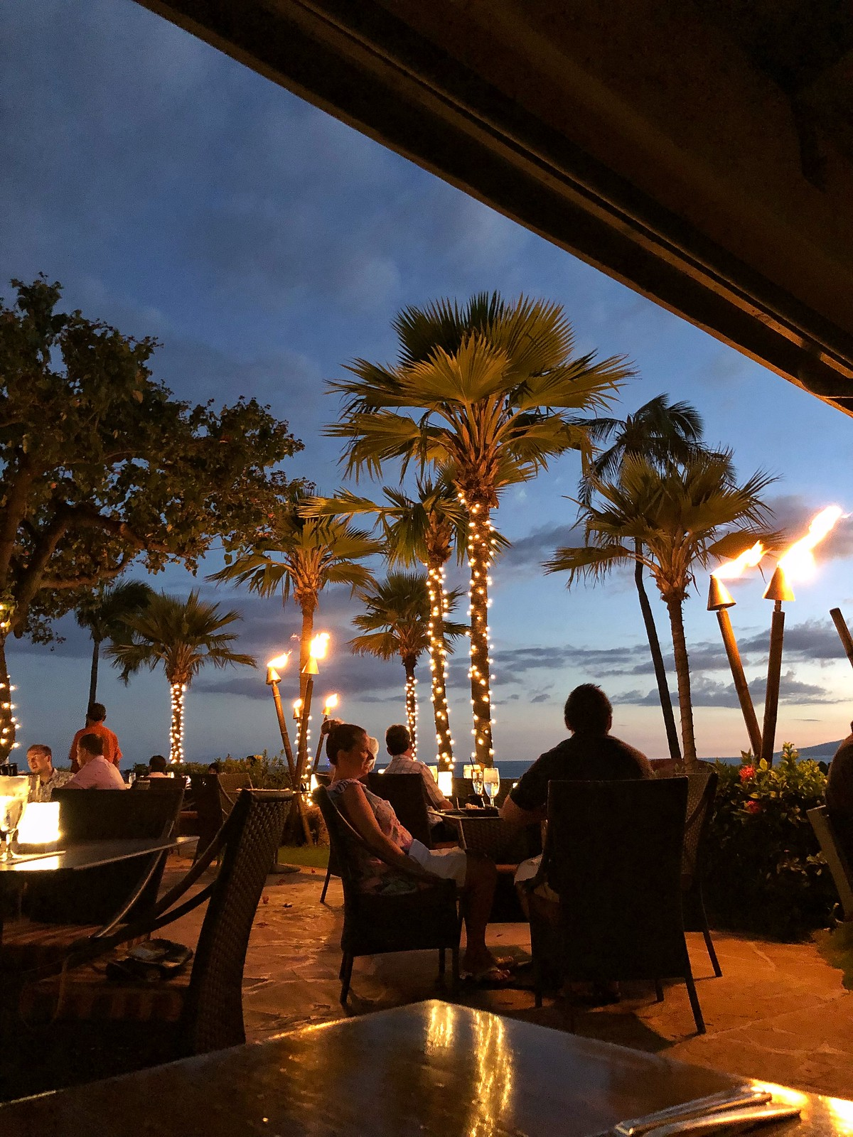 Sunset Japengo Maui Best Restaurants Reasons to Visit Maui Hawaii