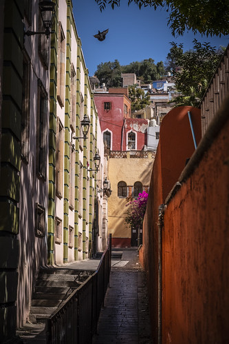 Picturesque Alley (Callejón), Guanjuato City, Mexico, 2019 | by Ward Rosin Fine Art
