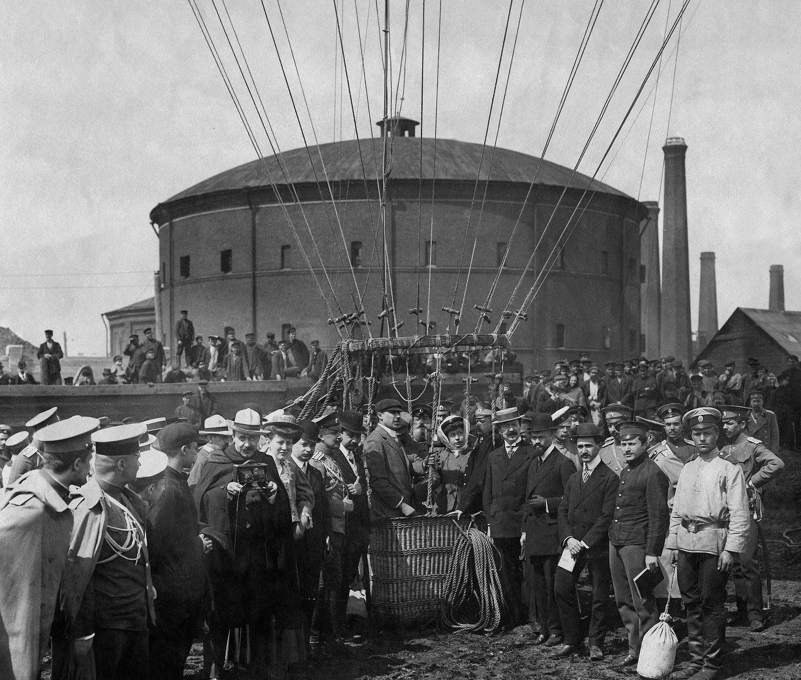 Запуск воздушного шара «Генерал Ванновский». 1909