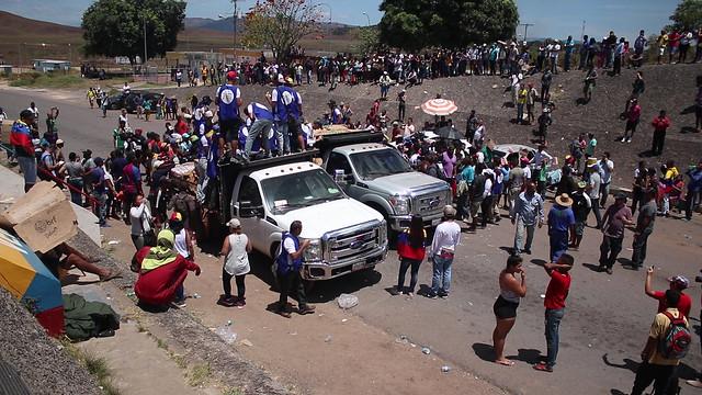 Relato | Um dia de tentativa de golpe na fronteira Brasil-Venezuela
