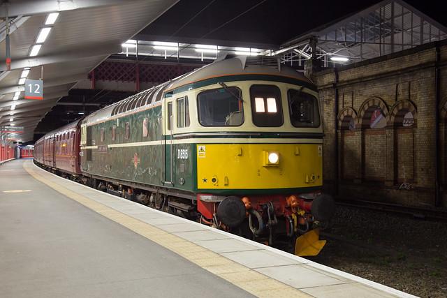 Class 33 33012 Lt Jenny Lewis RN