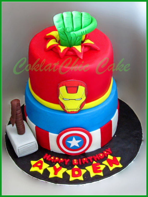 Cake The Avengers AIDEN 15/12 cm