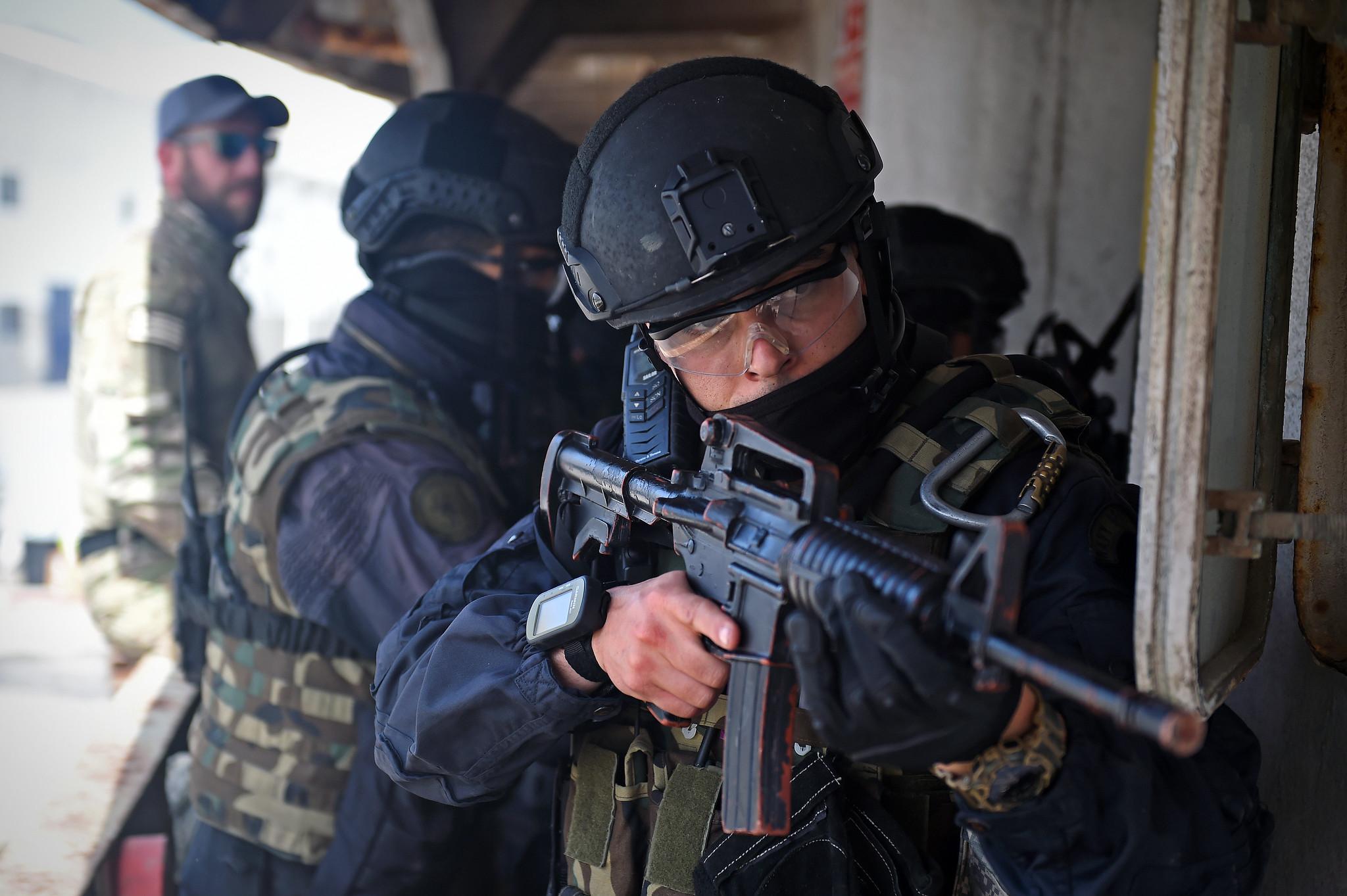 Armée Tunisienne / Tunisian Armed Forces / القوات المسلحة التونسية - Page 15 46579525455_4891da1cbe_k