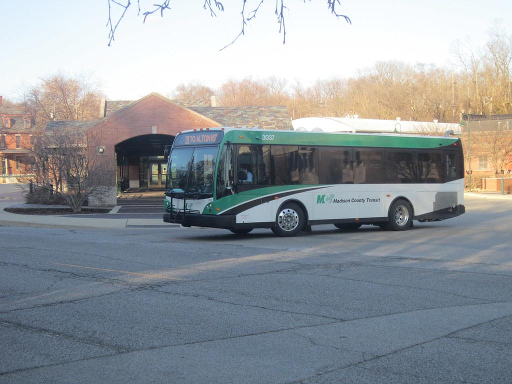 Madison County Transit (Unit#3037)