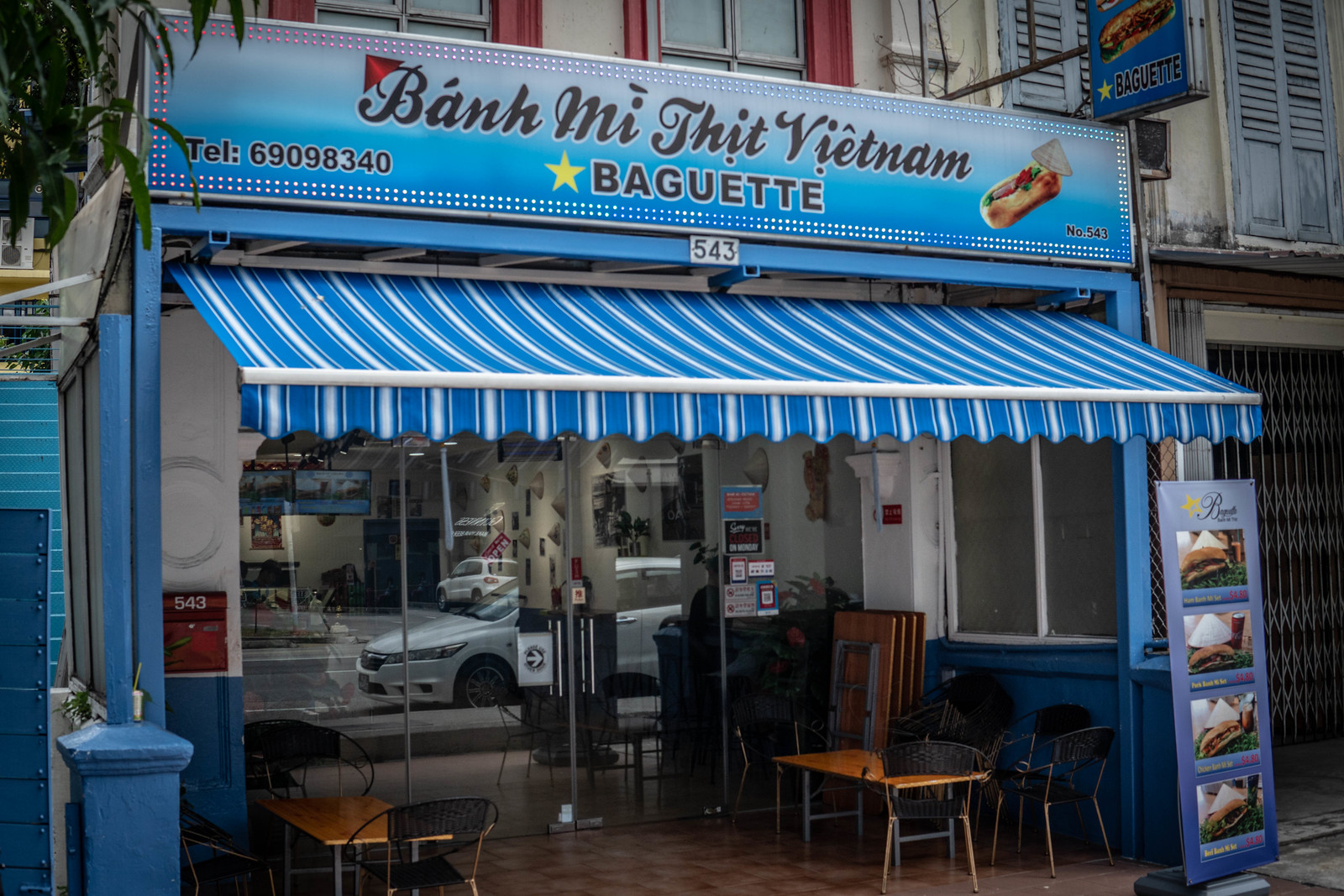Banh Mi Thit by Star Baguette – A Hidden Gem in Geylang that Bakes Its Own Baguette Daily!