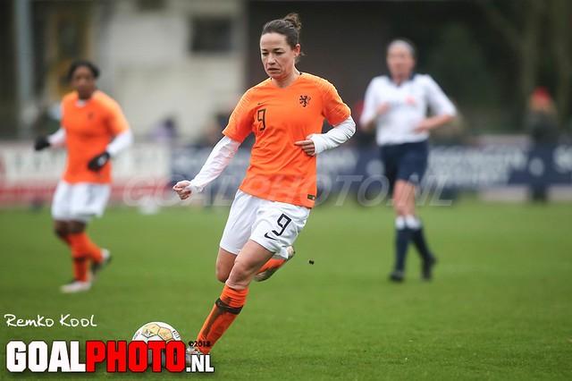 Royal Haarlem All stars - Ex Oranjeleeuwinnen 05-01-2019