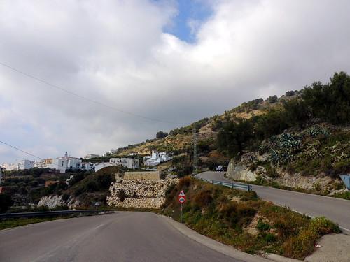 <Camino Lomilla Alto> Canilla de Aceituno (Málaga)