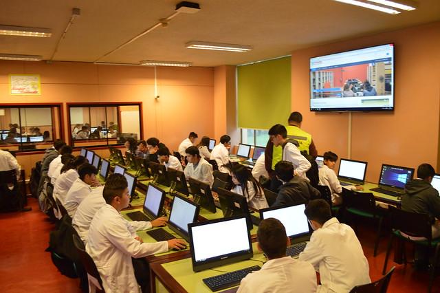 1ºs y 3ºs medios rindieron evaluación diagnóstica Liceos Bicentenario