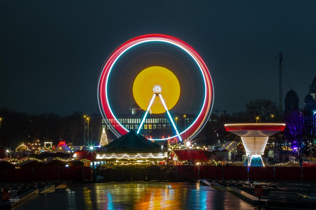 Besuch Auf Dem Weihnachtsmarkt.Ein Besuch Auf Dem Weihnachtsmarkt Am Roten Rathaus In Ber Flickr