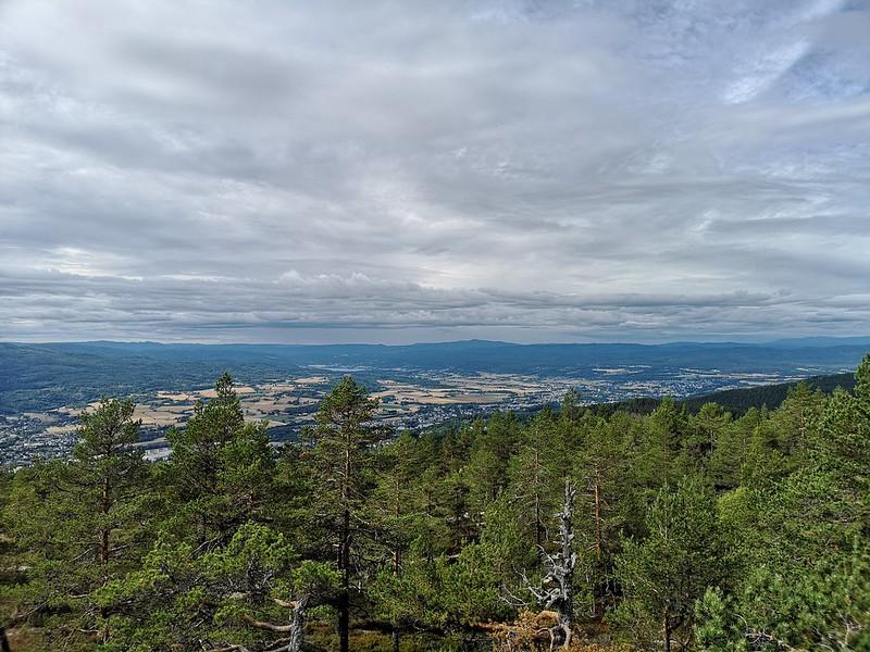 08-Utsikt mot Eiker fra Solbergvarden