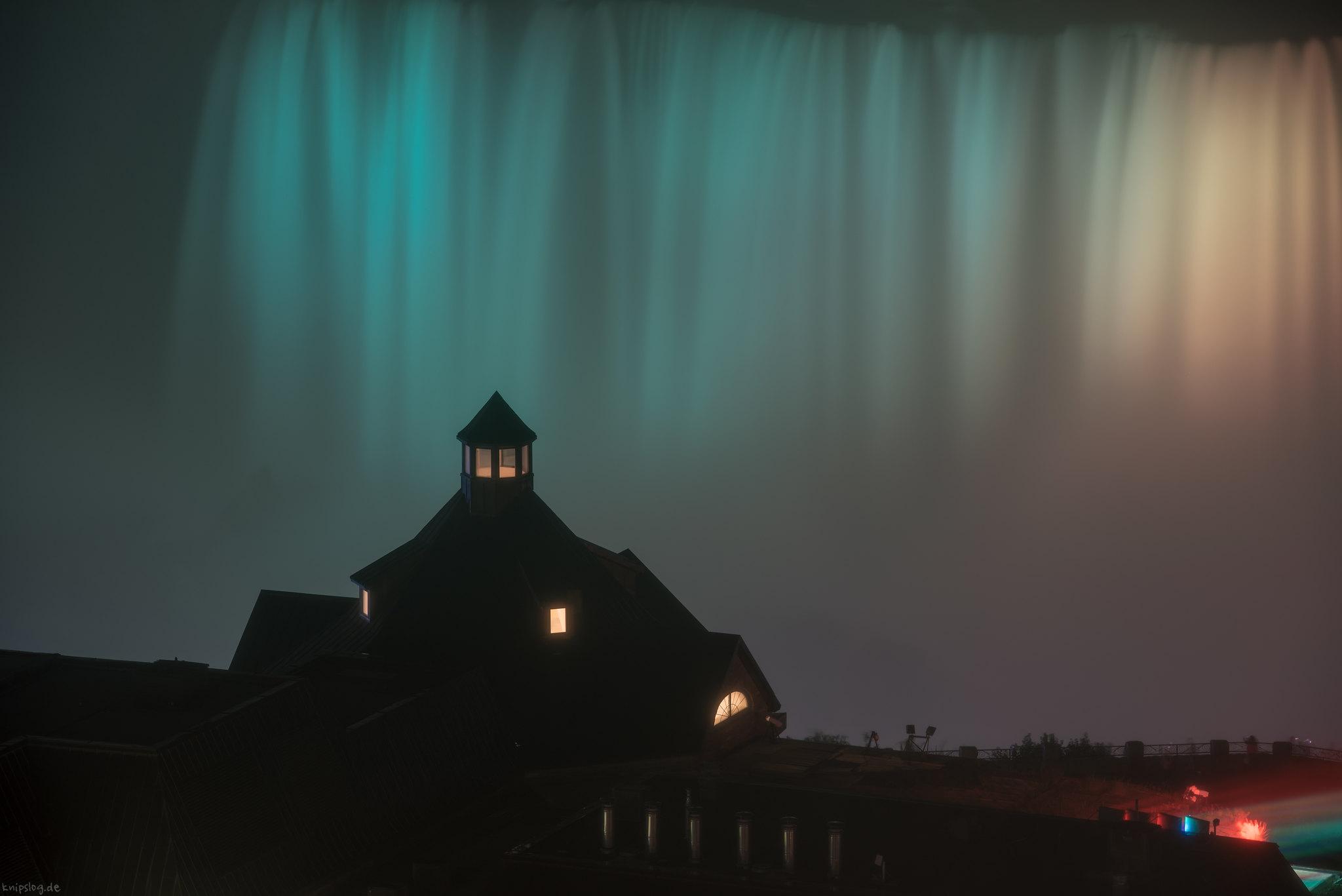 Niagara Falls Lightshow