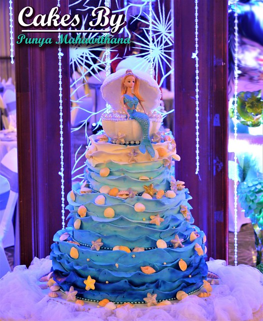 Cake from Aparna Mahawithana of Cakes by Punya Mahawithana