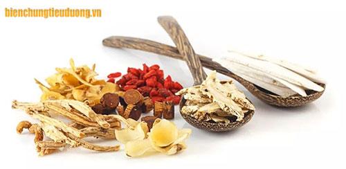 Có nhiều thảo dược hỗ trợ giảm tim đập nhanh ở người tiểu đường.