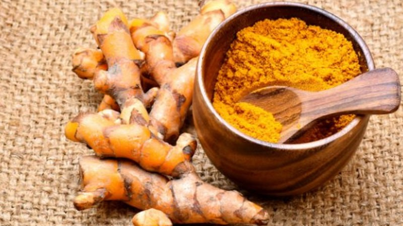 haldi powder – The Best uses of turmeric as face pack for glowing skin-min