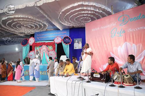 Marathi devotional song by Shashi Kala from Chennai