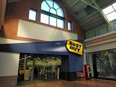 Best Buy (Greendale Mall, Worcester, Massachusetts)