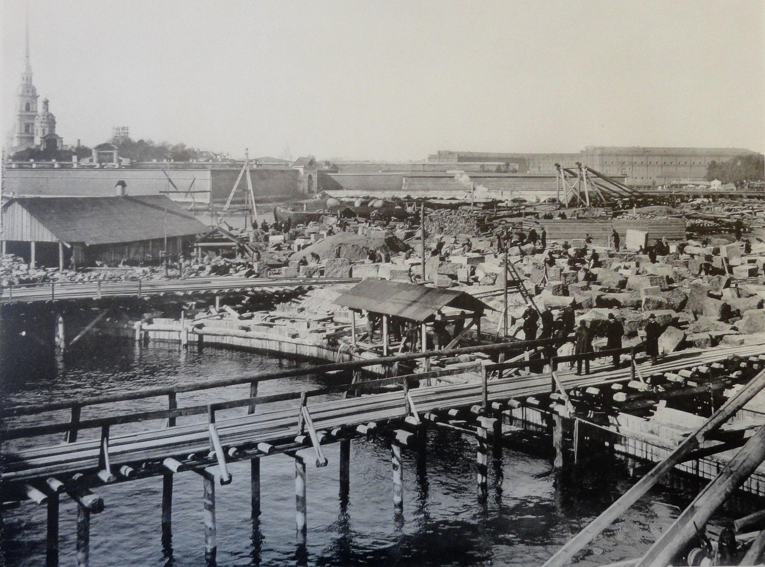 1900. Постройка съезда с дамбы на Троицкую площадь. 7 сентября