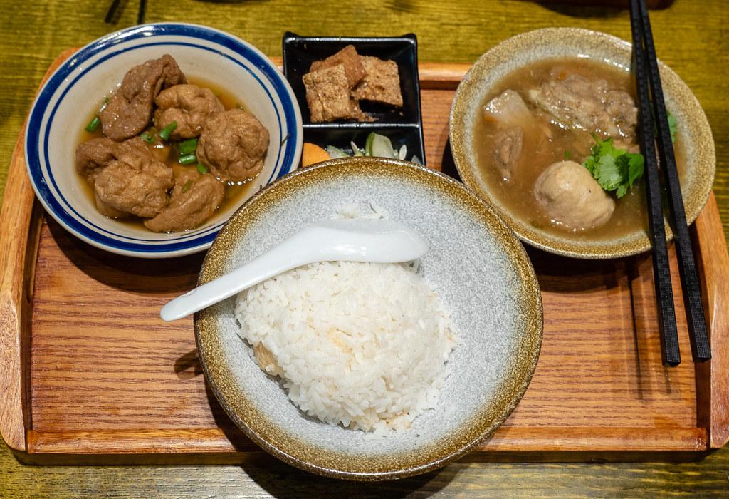 My dinner at House of Pok (小猪猪) Jaya One, Bak Kut Teh and Braised Tau Pok