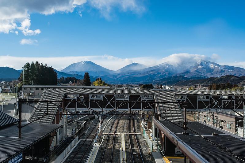 下今市駅から見える日光連山
