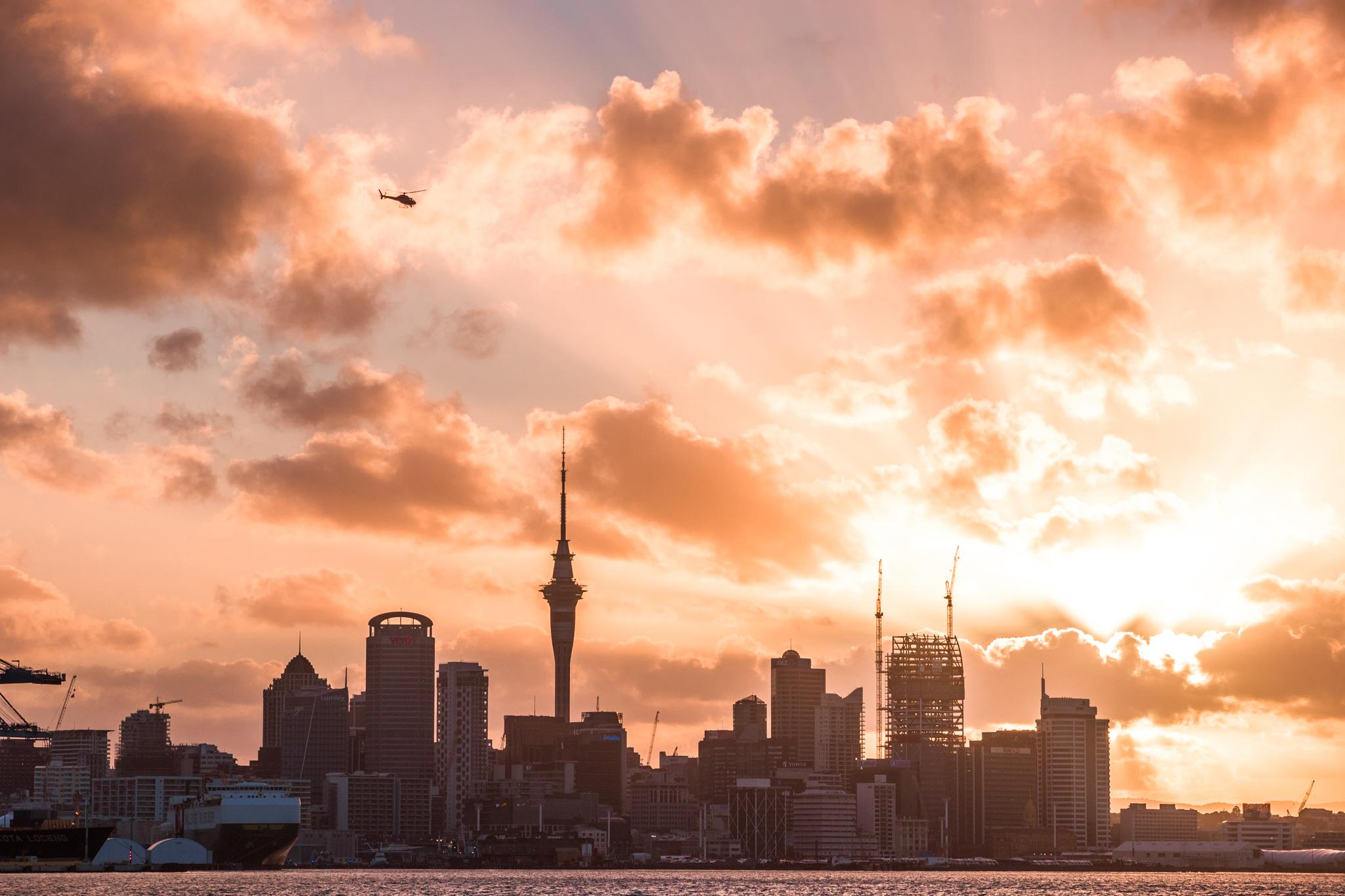 Auckland 3-22