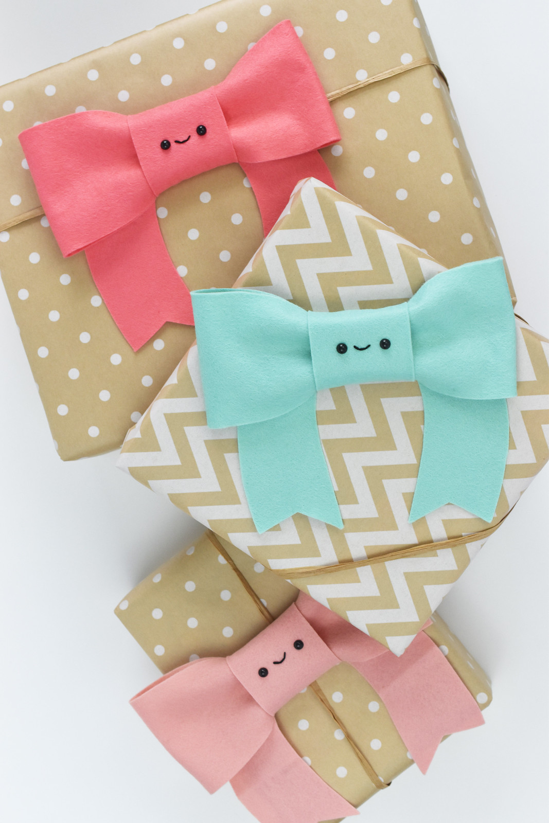 Kawaii Bow Gift Topper