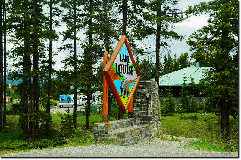 Sign into Lake Louise