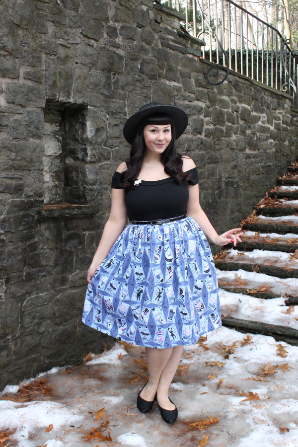 novelty print skirt