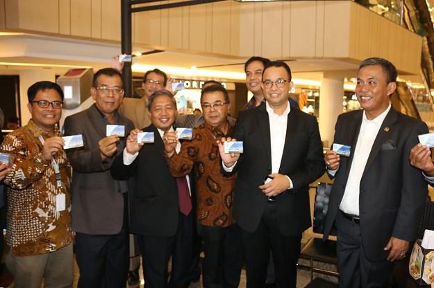 JakCard Bank DKI Dapat Dipergunakan Untuk Semua Fasilitas Layanan Publik di Jakarta