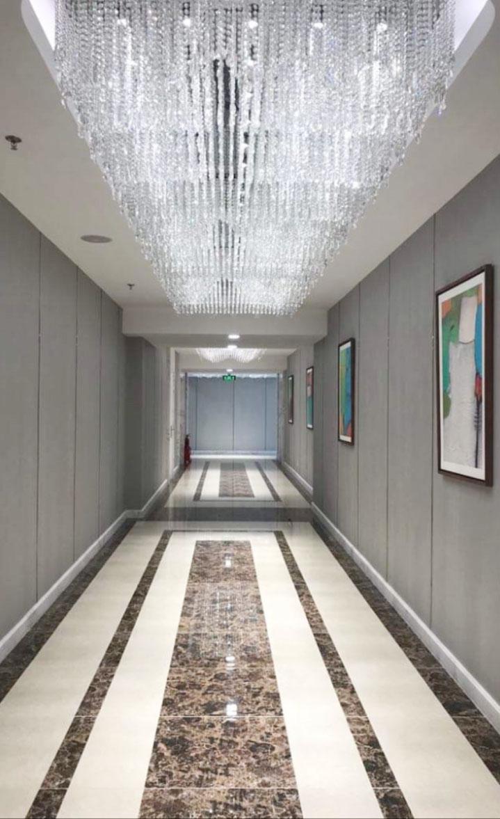 Hành lang phía trước căn hộ officetel.