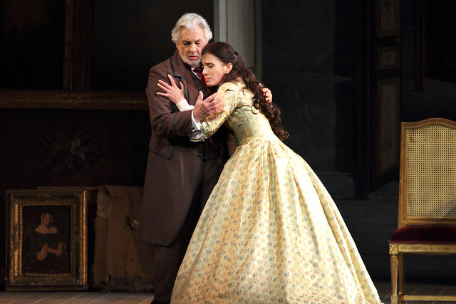 Plácido Domingo as Giorgio Germont and Ermonela Jaho as Violetta Valéry in La traviata, The Royal Opera © 2019 ROH. Photographed by Catherine Ashmore