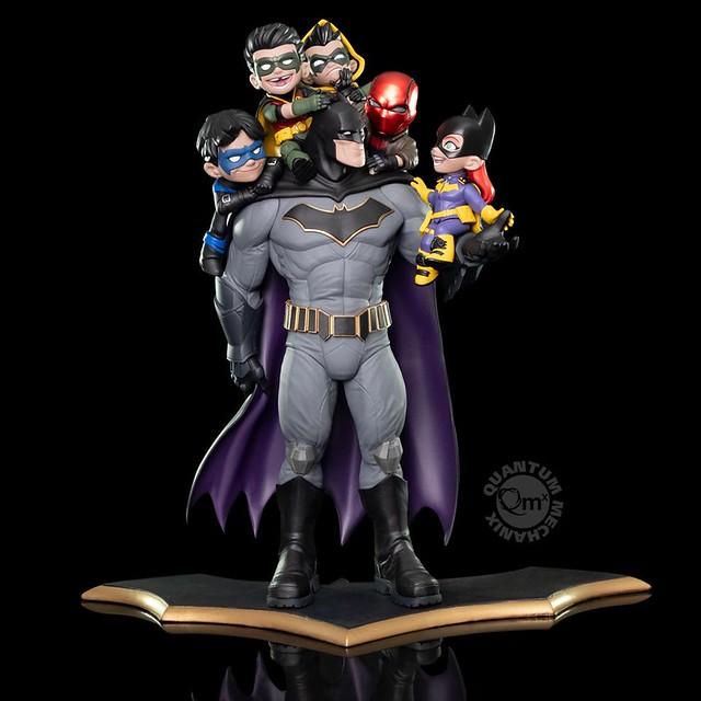 多麼溫馨可愛的一家人呀~ Quantum Mechanix Q-Master 系列 DC Comics【蝙蝠俠:家族】Batman: Family Limited Edition Q-Master Diorama