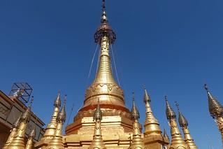 Mount Popa,Taung Kalat Buddhist Monastery (11)