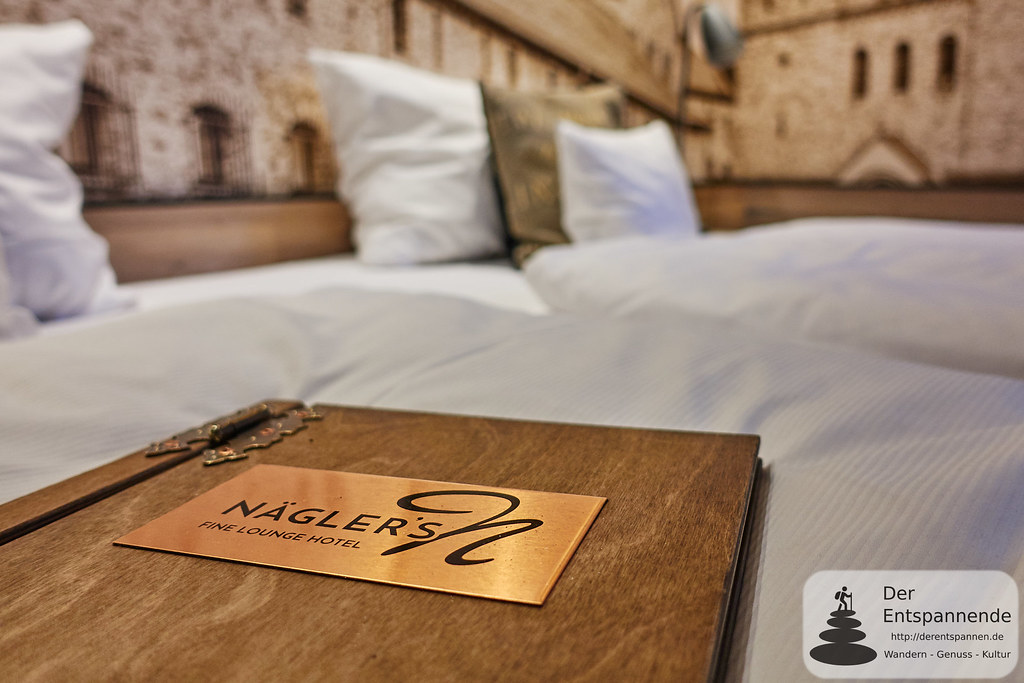 """Abtei St. Hildegardis""-Zimmer im Nägler's Fine Lounge Hotel"