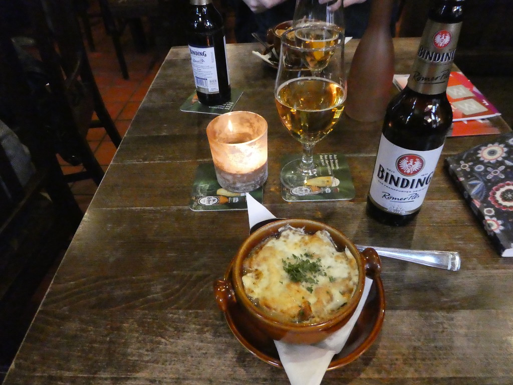 Tasty lunch in the Weinstube in Romer pub, Frankfurt