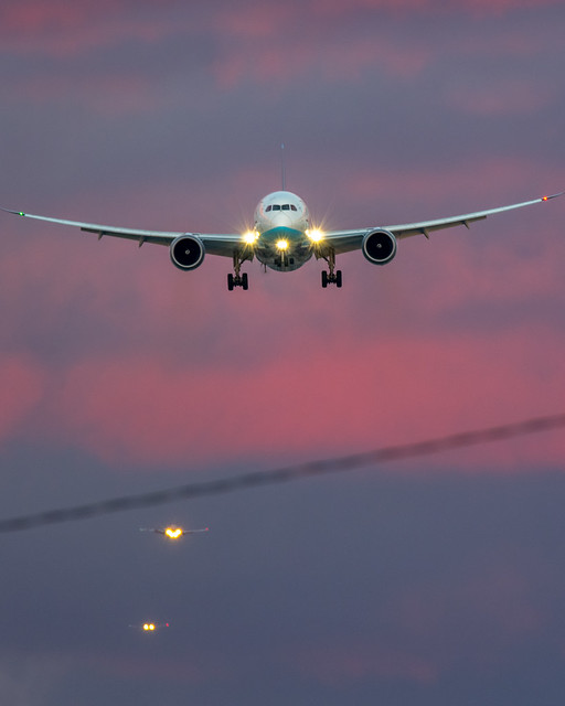Xiamen Airlines Boeing 787 from Qingdao landing at LAX