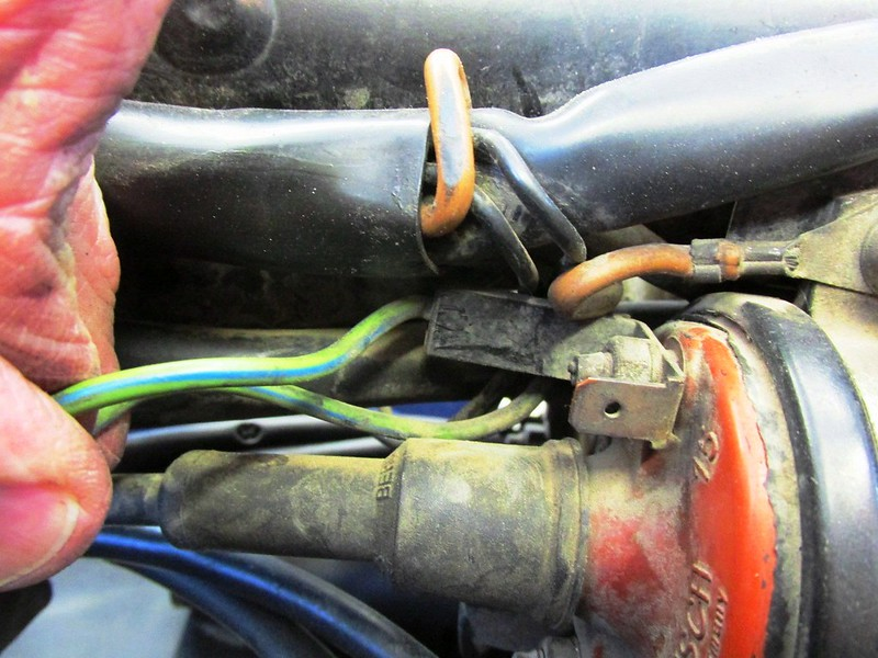 Main Harness Leads Near Left Coil