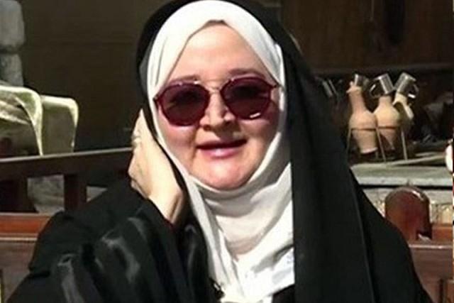 3487 Ayesha Khaja - The first Saudi woman tourist guide in Madina 01