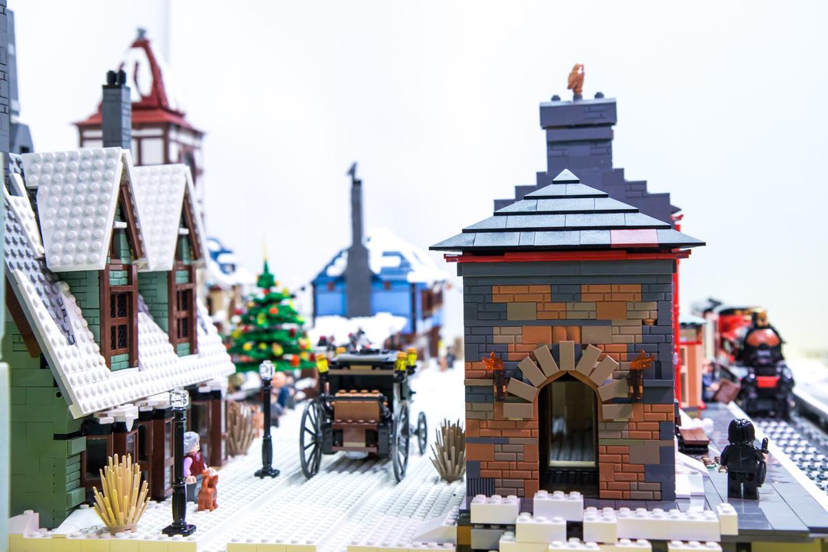lego hogsmith station moc