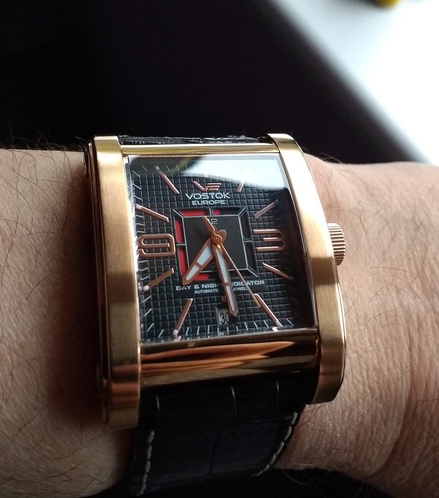 Vostok Europe Red Square (Cal 2432)