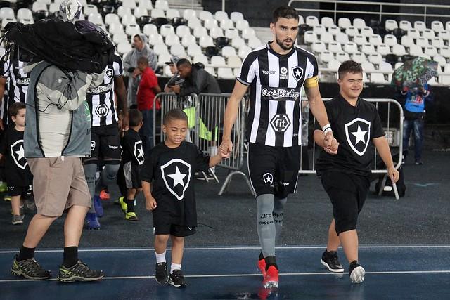 Botafogo 4 x 1 Portuguesa-RJ